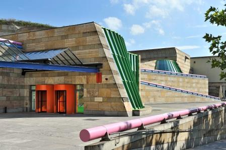 Neue_Staatsgalerie_Fassade